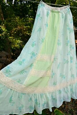 Vintage '60s hippie prairie style long skirt Carefree Fashions S/M peasant lace