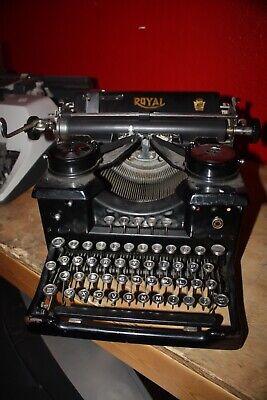 Antique Royal Typewriter w/Beveled Black Sides Works With Black Dust Cover