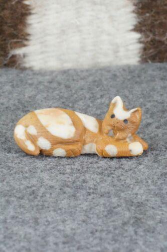 Bobcat Zuni Fetish Carving - Colin Weeka