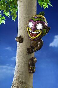 Baumgesicht Malik Solar Baumdeko Baumfigur Troll aus Kunststein