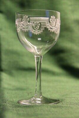 SAINT LOUIS MANON cristal gravé verre à vin ( du Rhin?) H.: 133 mm