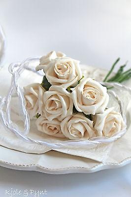 Strauß aus 8 feinen kleinen Edelrosen Rosen in creme Foamrosen 3cm Sträußchen