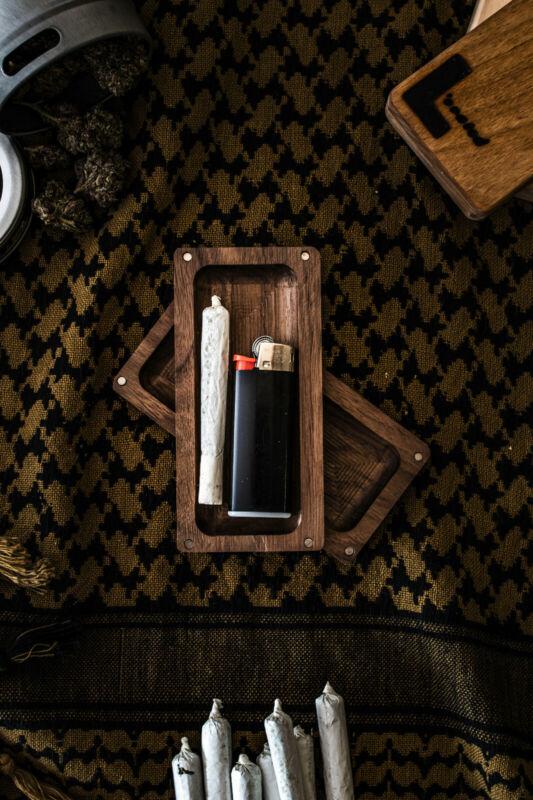 Pre roll Case, Joint Holder, wood case, cigarette case, handmade, magnet box