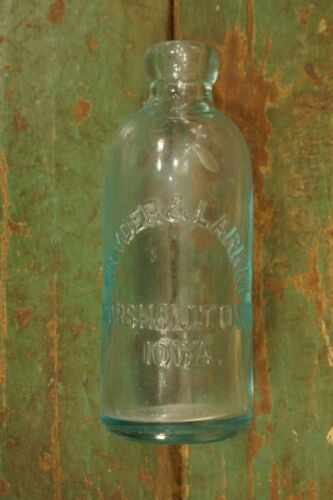 Antique Blob Top Snyder & Larkin Marshalltown Iowa Soda Bottle Aqua