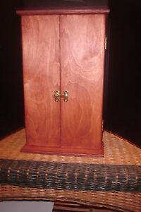 BUTSUDAN,   WOOD with CHERRY STAIN, VERY NICE    NEW ITEM