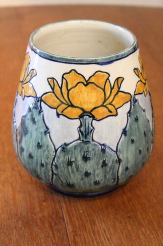 Newcomb cactus vase