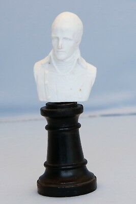 White Bust of French Emperor Napoleon Bonaparte Waterloo Battle War