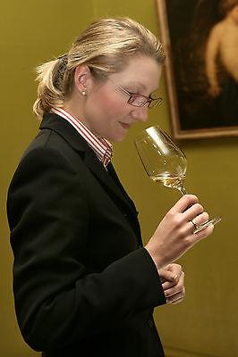 Bei der Auswahl des richtigen Weins ist nicht nur eine feine Nase gefragt