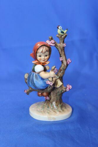 Small Goebel Apple Tree Girl Figurine 141/I
