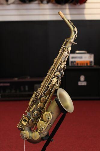 P. Mauriat Professional Alto Saxophone, Rolled Tone Holes - Dark Finish