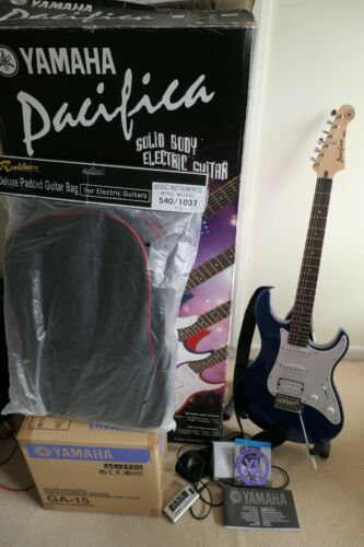 Yamaha Pacifica Blue 012 Electric Guitar GA-15 Amp Kit Set Stand, Tuner, Bag