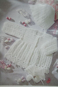 Baby's Matinee Coat/Jacket, Bonnet and Bootees Crochet Pattern BP108