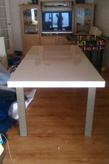 white gloss dining suite 8 seater Ocean Reef Joondalup Area Preview