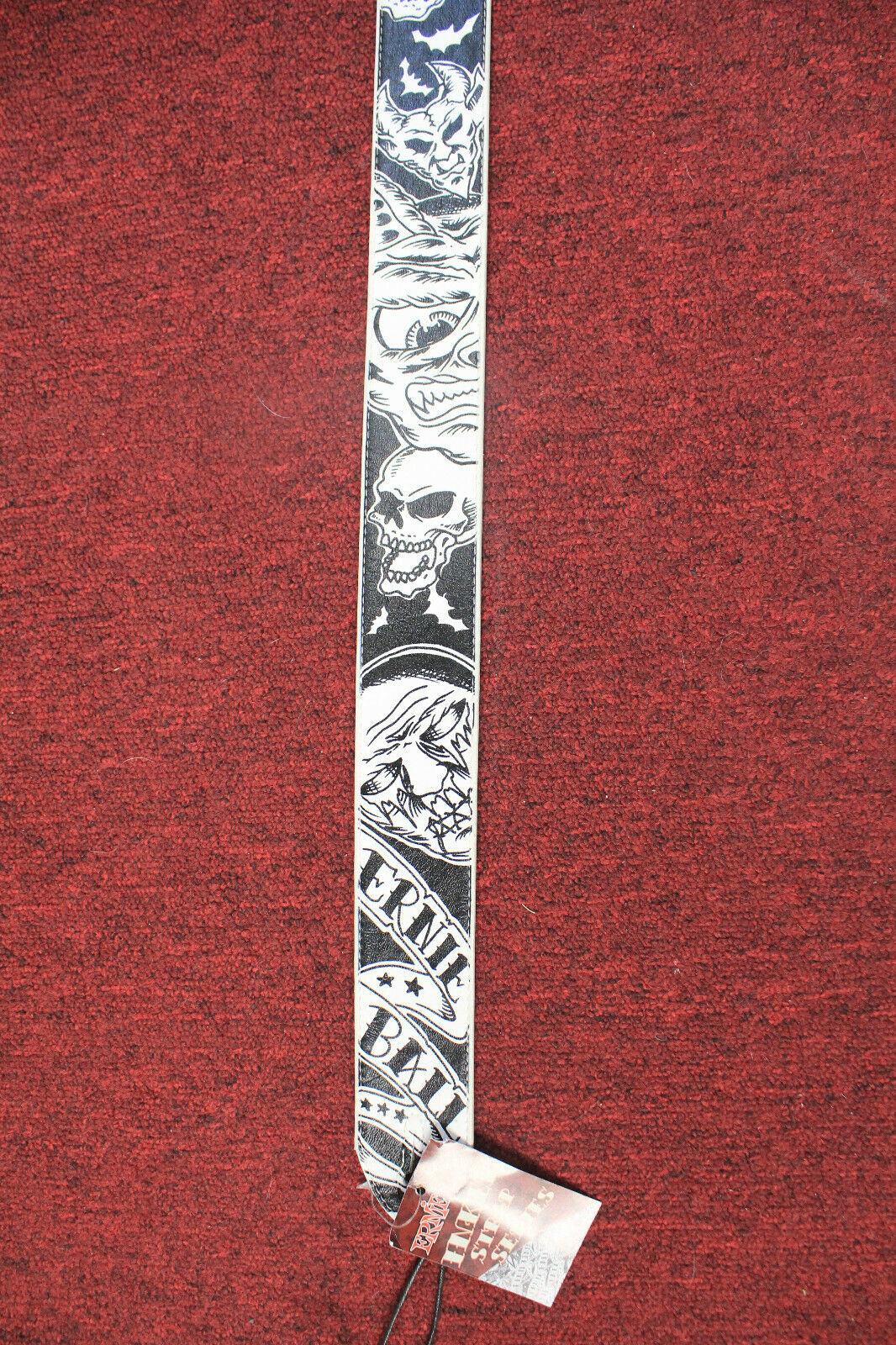 ERNIE BALL LEATHER GUITAR STRAP INKED SERIES SKULLS DESIGN -