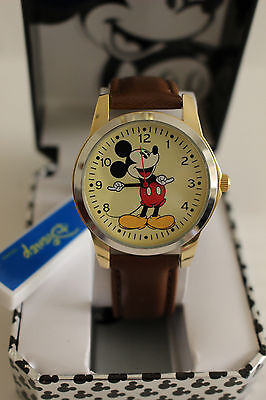 Mickey Mouse Wrist Watch - New Disney Mickey mouse, MEN leather band watch, Quartz  new/warranty. Free Ship