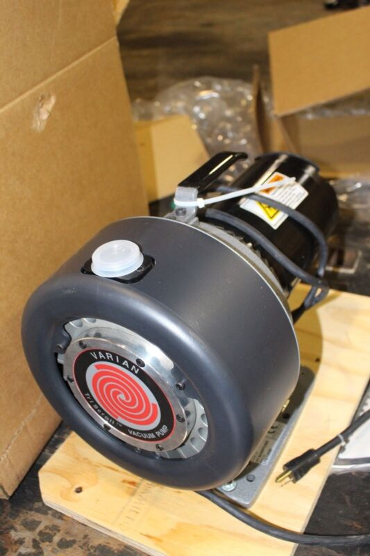 New Varian Triscroll Vacuum Pump Ptso3001 Univ