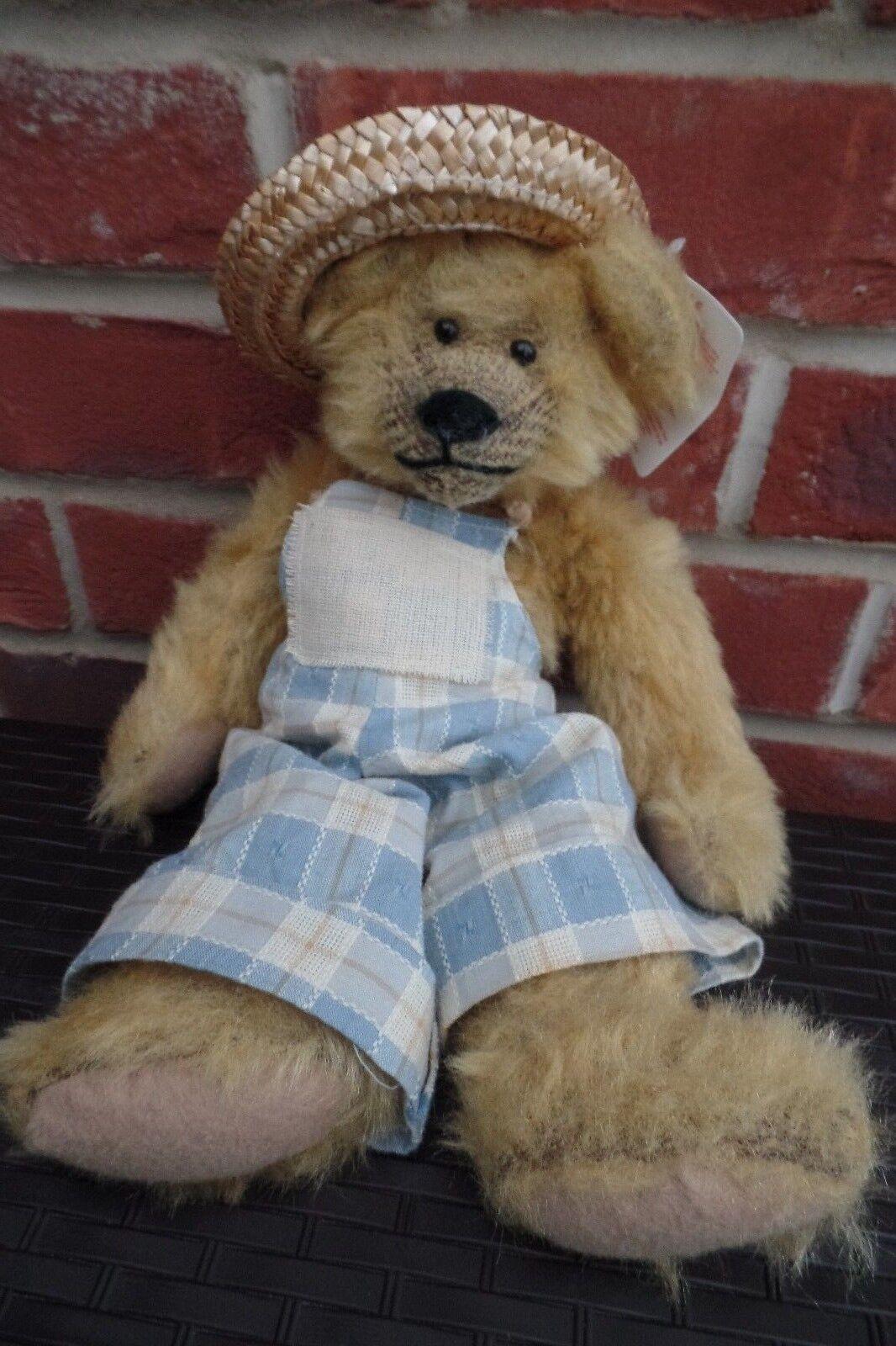 Lovely Russ Berrie Woody Bear - £10.00