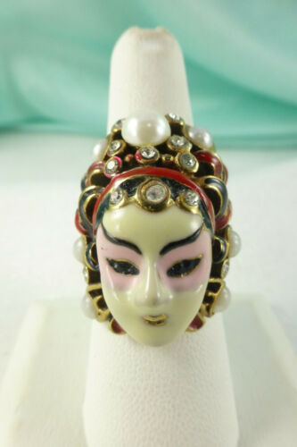Vintage Unique Porcelain GEISHA Face RING Size 7 Rhinestones & Pearls Unusual