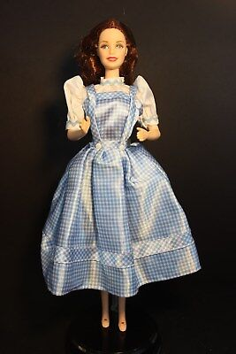 Dorothy From Wizard Of Oz (Barbie - Dorothy from Wizard Of Oz - Collector  -  Removed from)