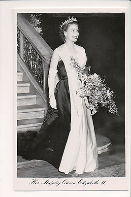 Vintage Postcard Queen Elisabeth II  of Great Britian