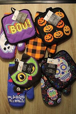 2pc Kitchen Set Halloween Themed Potholder & Oven Mitt - 4 styles to choose from