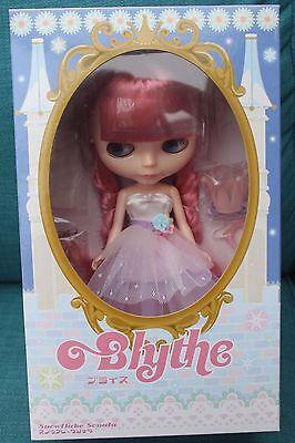 Takara Tomy Blythe Snowflake Sonata doll Snow flakes BNIB NRFB Pink hair HTF