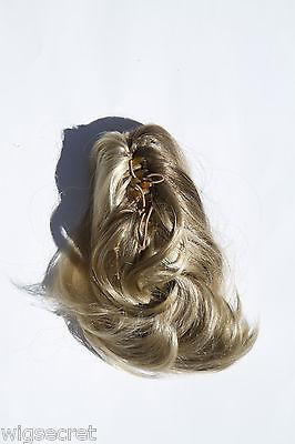 Medium 10 in Wavy - Straight Blonde Brunette Red Claw Clips