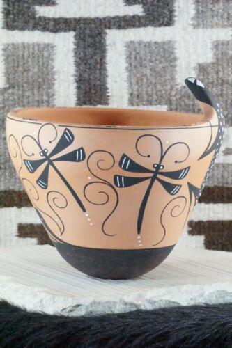 Zuni Pottery - Peynetsa
