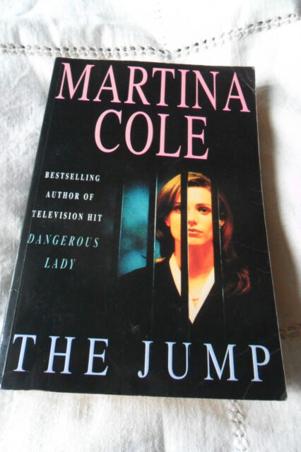 THE JUMP by MARTINA COLE LARGE PAPERBACK 536 pages