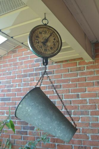 Vintage 20 lb. Metal PENN HANGING SCALE weigh live chicken poultry