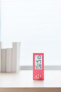 vertical alarm clock modern 12 hour display battery