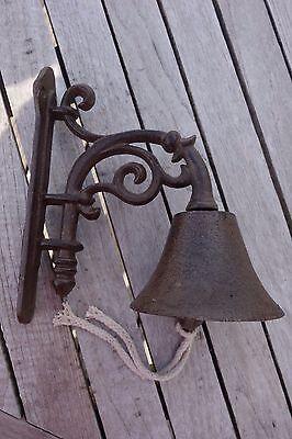 Kleine Glocke (Nostalgie Kleine Türglocke Glocke Gußeisen Haus Garten Retro Antiklook 22 x18 cm)