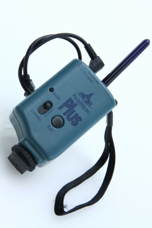 PocketWizard Plus Transmitter [blue] 4 channel tested  388410