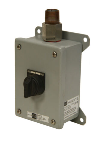 Killark 8040/12 Hand-0-Auto Switch Box Pushbutton
