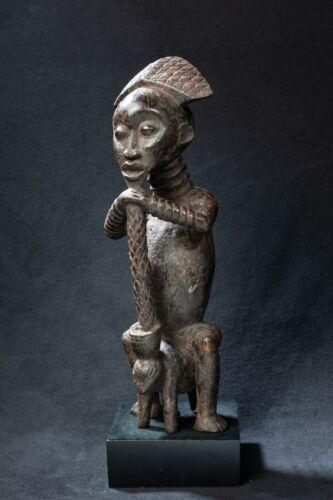 Bamun Seated Figure, Western Cameroon Grasslands, Central African Tribal Art.