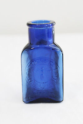 BEAUTIFUL  McCormick BEE BRAND Cobalt Blue POISON BOTTLE Baltimore, MD
