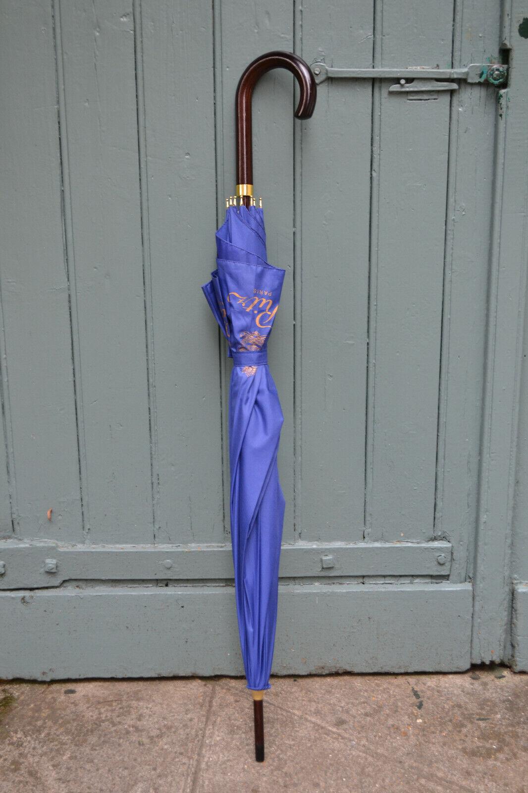 Parapluie ritz paris, bleu, acajou et or. comme neuf, near mint.