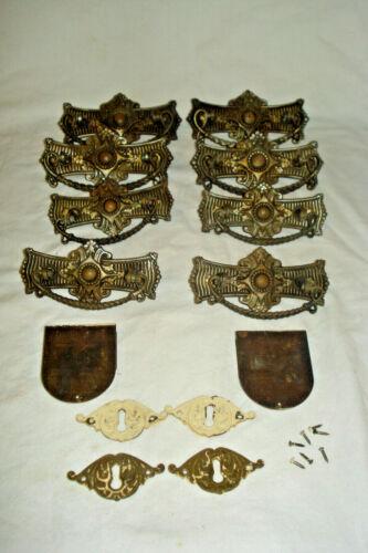 Antique Drawer Dresser Pulls 8 Metal Pulls ++