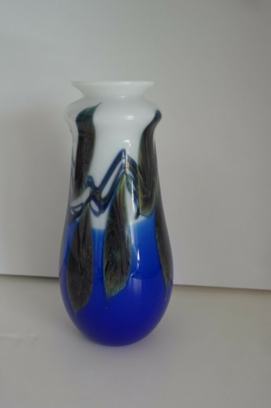 LOTTON Vase  Blue/white hand signed and   comes with COA