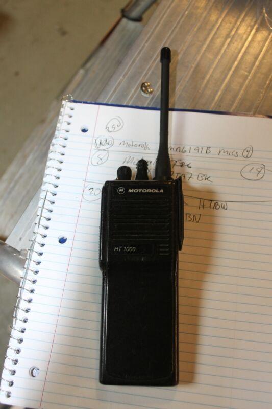 Motorola HT1000 Portable VHF 16 Channel Radio H01KDC9AA3BN  NO BATTERY