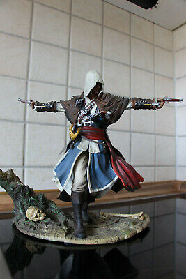 Ubisoft Assassins Creed: Black Flag Edward Kenway - The Assassin Pirate Figur