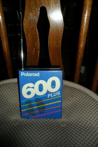 Polaroid 600 Plus Film AM FM Radio w/ Battery Holder -Tested -Working