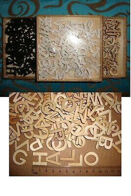 104 x Holzbuchstaben 3D Alphabet ABC - Natur Weiß Schwarz - Basteln Streudeko  ()