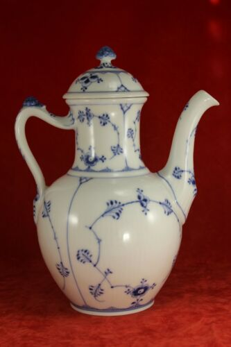 """Royal Copenhagen Fluted Lace 9½"""" Coffee Server No. 48 - First Quality"""