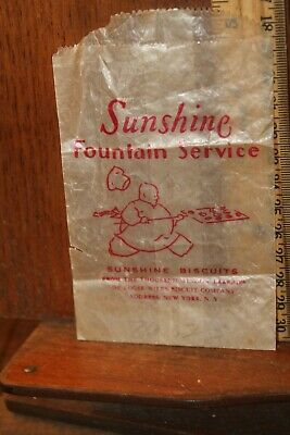 1930s Handbags and Purses Fashion 1930's Sunshine Fountain Service Biscuits Wax Paper Bag New York  $3.00 AT vintagedancer.com