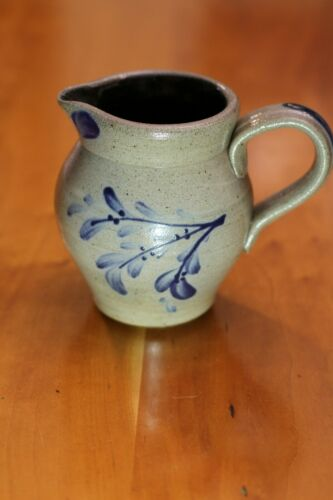 2005 ROWE POTTERY WORKS PITCHER - NICE! MADE IN CAMBRIDGE, WI.