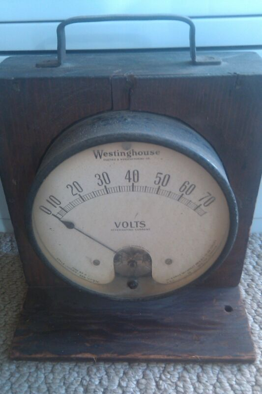 WESTINGHOUSE- ELECTRICAL meter VoltMeter WOOD CASE Vintage RARE 1900
