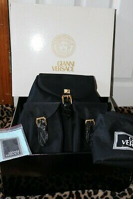 AUTH VINTAGE GIANNI VERSACE MEDUSA BIG BACKPACK BLK VINYL/LEATHER GOLD ACCENTS