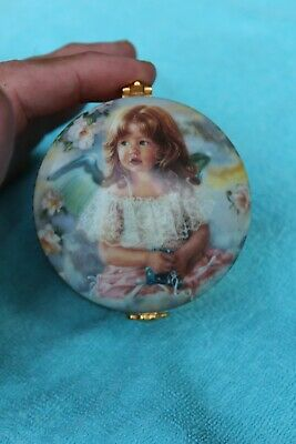 Ardleigh Elliott Sundays 'Child The Precious Child Heirloom Porcelain Music Box