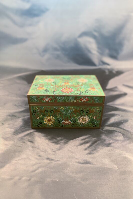 Chinese Antique Cloisonne Box